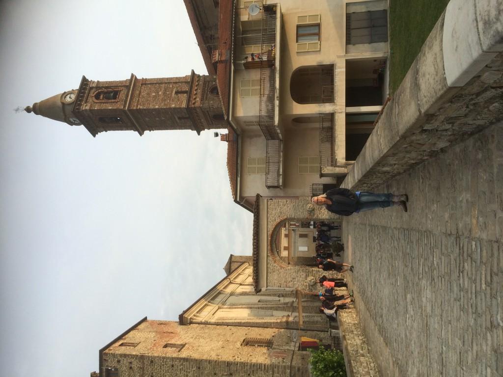 Eerste toren. Monastero Bormida