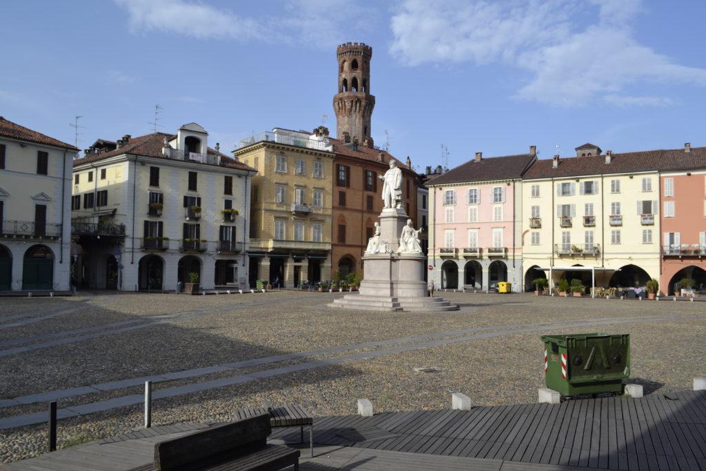 Vercelli piazza
